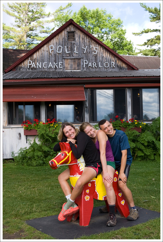 Polly's Pancake Parlor with the Traveling Circus