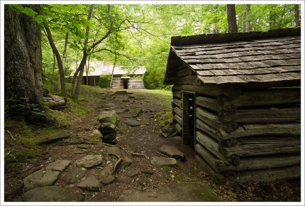 Hiking Club & Spring House