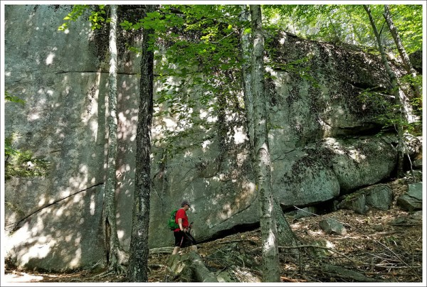 Massive Boulders on the Boulder Loop