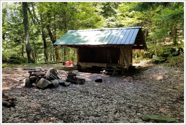Velvet Rocks Shelter